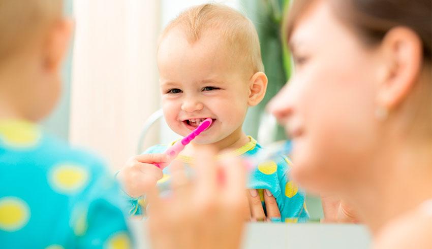 Cómo prevenir la carie dental en los niños