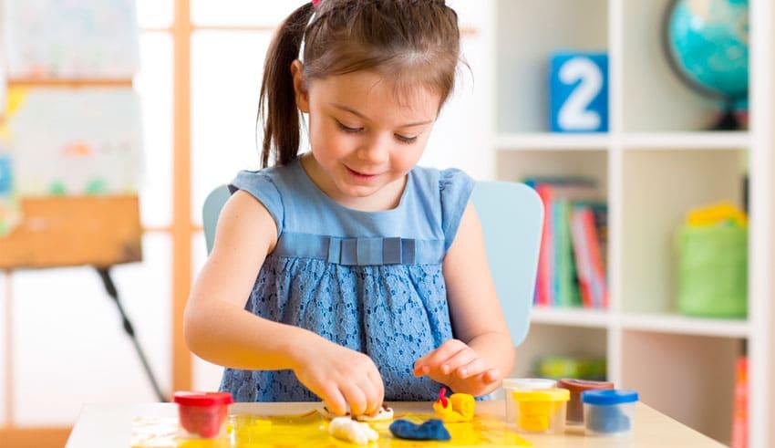 Plastilina: un juguete para estimular el desarrollo infantil