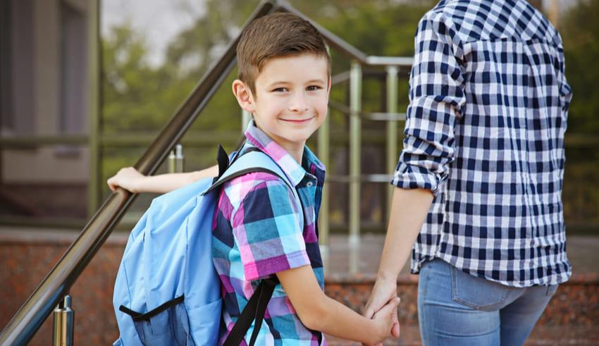 Consejos para evitar el dolor de espalda en los niños