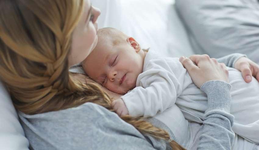 ¿Cuándo es necesario realizar un parto por cesárea?