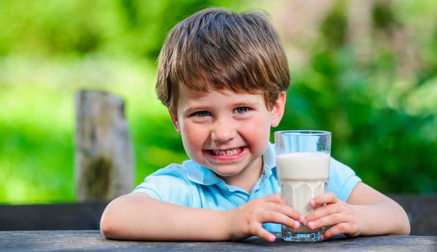 Hábitos de alimentación saludables para tus niños