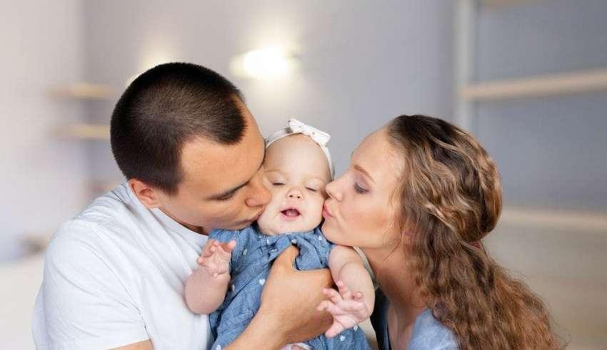 ¿En qué momento el bebé reconoce a papá y mamá?