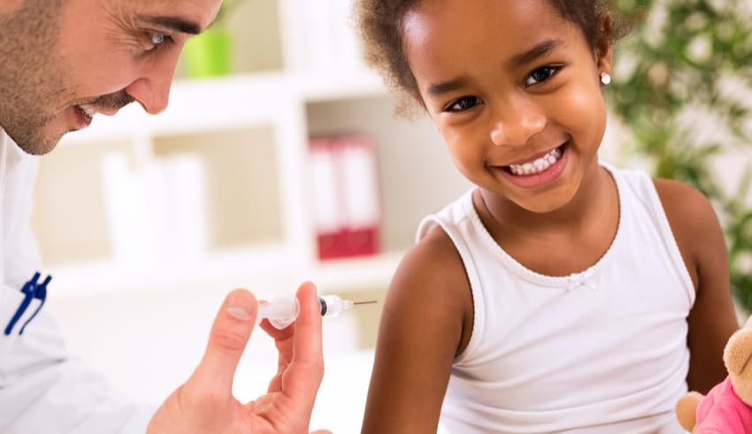 La importancia de las vacunas en la salud de los niños