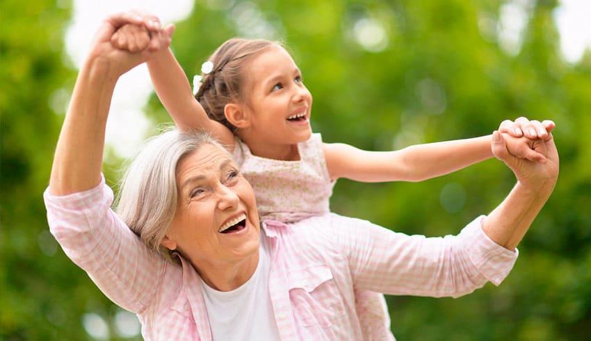 Un mensaje para los abuelos que proporcionan cuidado infantil