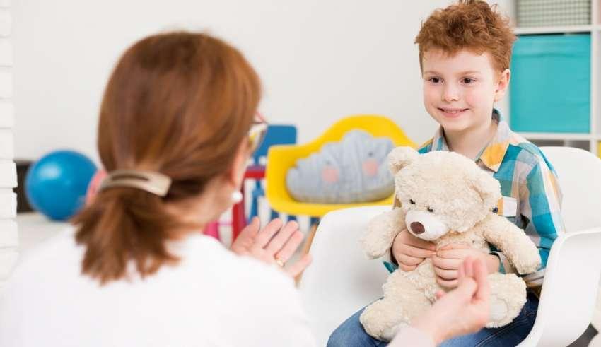 12 señales para reconocer el autismo, según la edad del niño