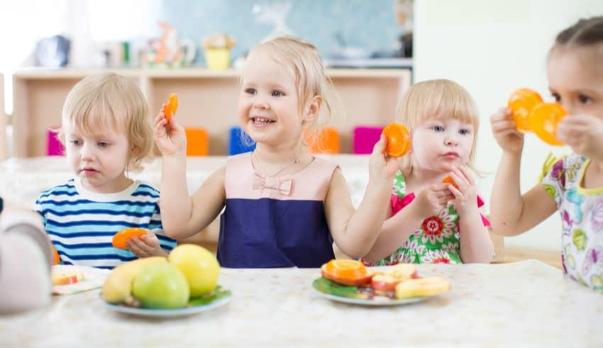 5 nutrientes esenciales que nunca debes olvidar en la dieta de tu hijo