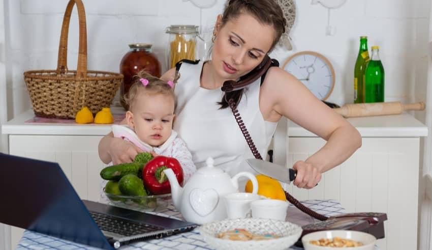 Cómo ser mamá, trabajar fuera de casa y llegar a todo