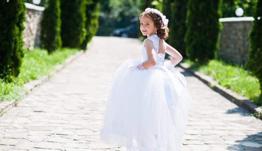 El error de organizar la comunión del niño como si de una boda se tratara