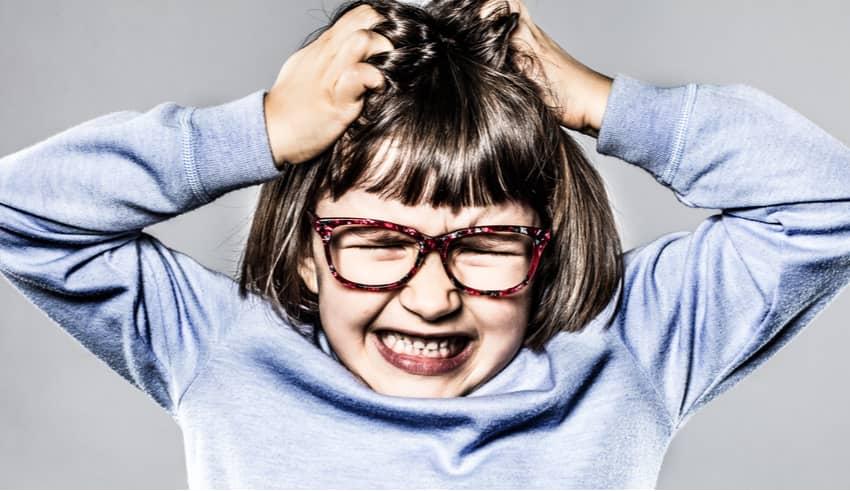 Tricotilomanía o la necesidad de los niños de arrancarse el pelo