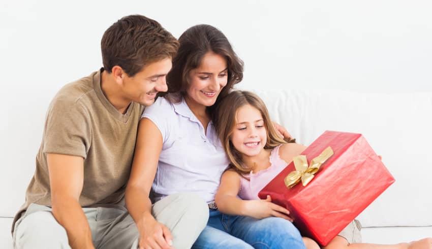 Por qué no debemos hacer regalos a los niños por las buenas notas