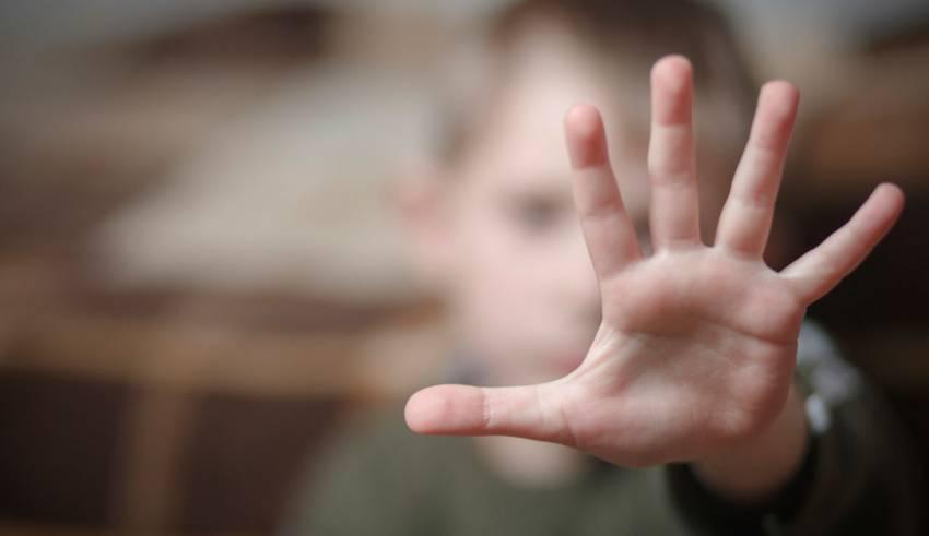 """""""Los menores de edad están más expuestos al abuso y la violencia durante el confinamiento por el COVID-19"""", ONU."""