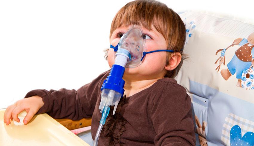 la neumonía puede variar en gravedad desde suave a potencialmente mortal.